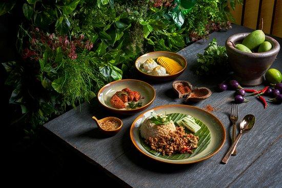 สั่งอาหารจากร้านอาหารที่ดีที่สุดในกรุงเทพฯ